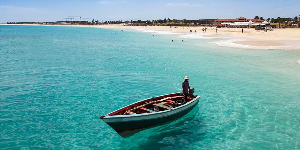Setor de turismo de Cabo Verde registra ligeira recuperação no segundo trimestre