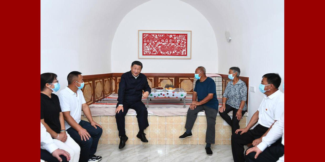 Xi inspeciona distrito de Suide no noroeste da China
